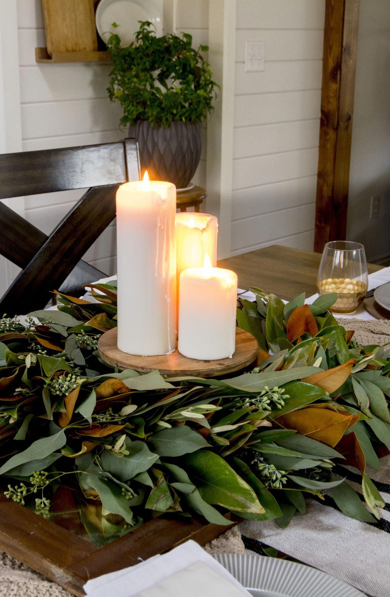 Are you looking for easy and inexpensive Thanksgiving centerpiece ideas? Here are 3 ways to use your existing fall decor as a centerpiece this Thanksgiving. #fromhousetohaven #falltabledecor #thanksgivingcenterpiece #thanksgivingdecor #fallhomedecor