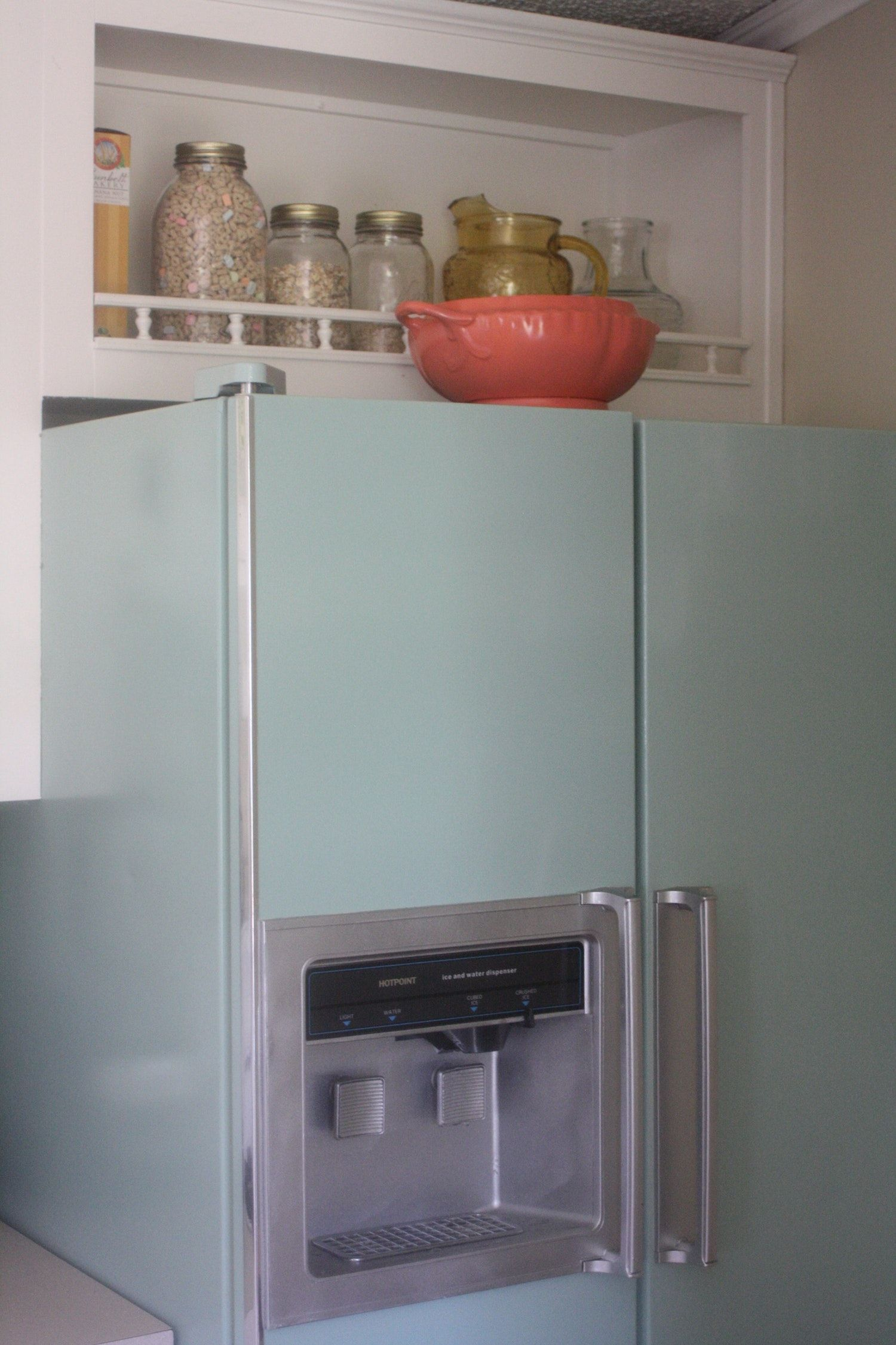 How to Update Your Kitchen with Paint | tiny kitchen | Pinterest ...