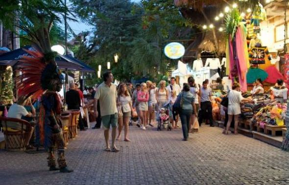 Shopping 5th Avenue Playa Del Carmen With Images Dreams