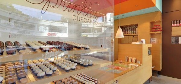 Panoramic screen shot of Sprinkles Cupcakes on LA's South Figueroa Blvd. Take the Google virtual tour of this bakery that made cupcakes famous at http://bit.ly/SprinklesFigueroa.