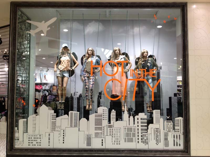 """GLASSONS,Newmarket, Auckland,New Zealand, """"Hot in the City ..."""