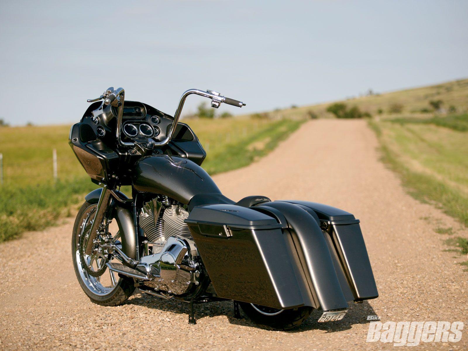 Harley davidson road glide image 14