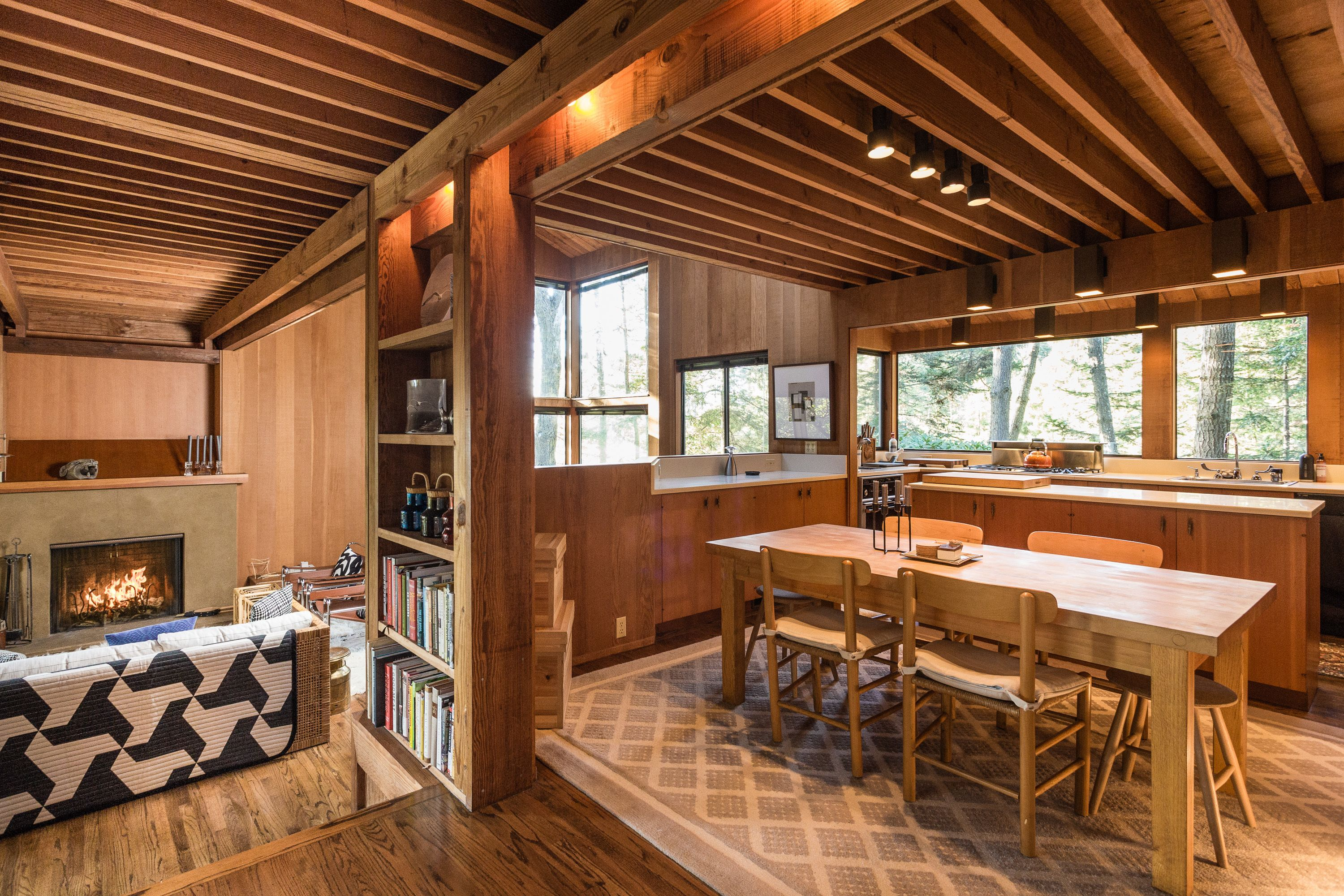 Photo 10 Of 14 In A Historic Sea Ranch Stunner Is On The Market