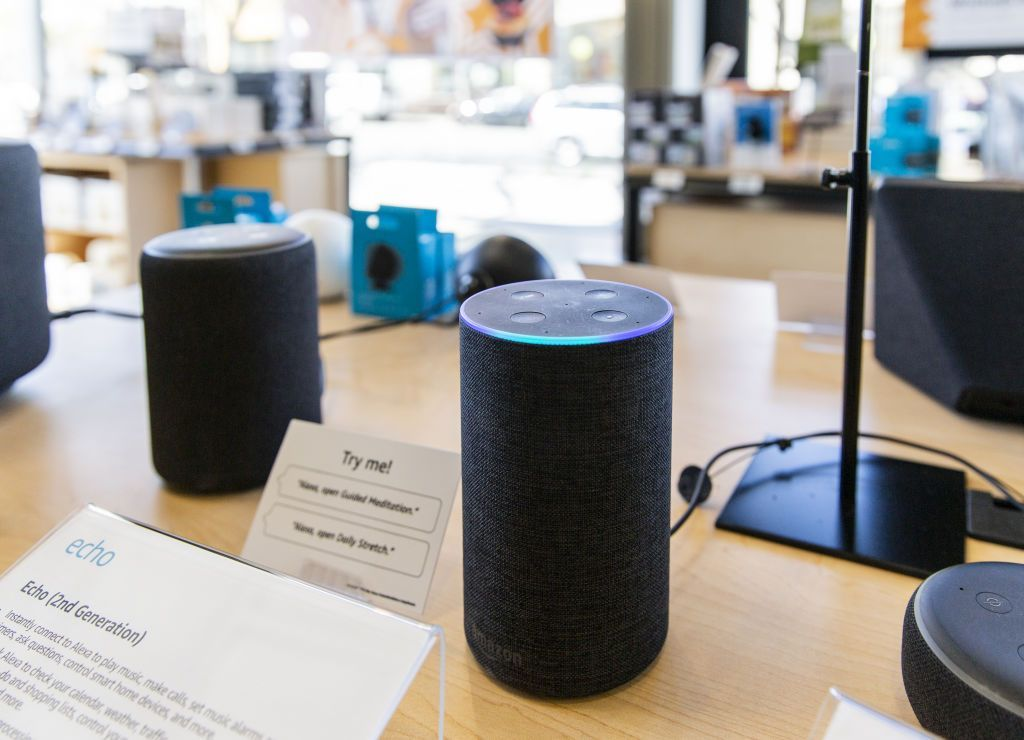 Amazon Is Building A Voice Controlled Robot That S Like A Mobile