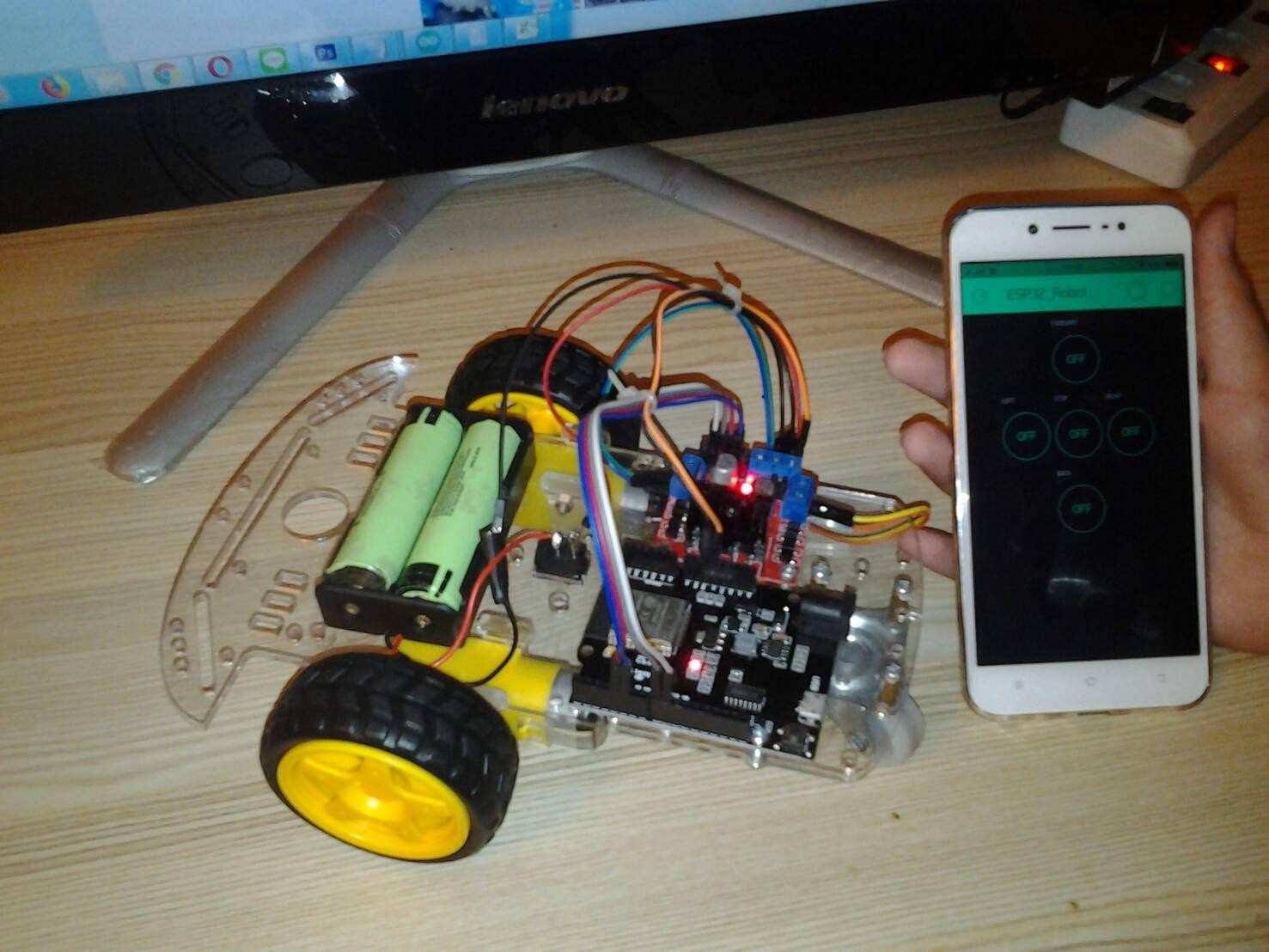 โปรเจค นี้จะเป็นการนำ WeMos TTgo ESP32 มาทำเป็น หุ่นยนต์ Robot car