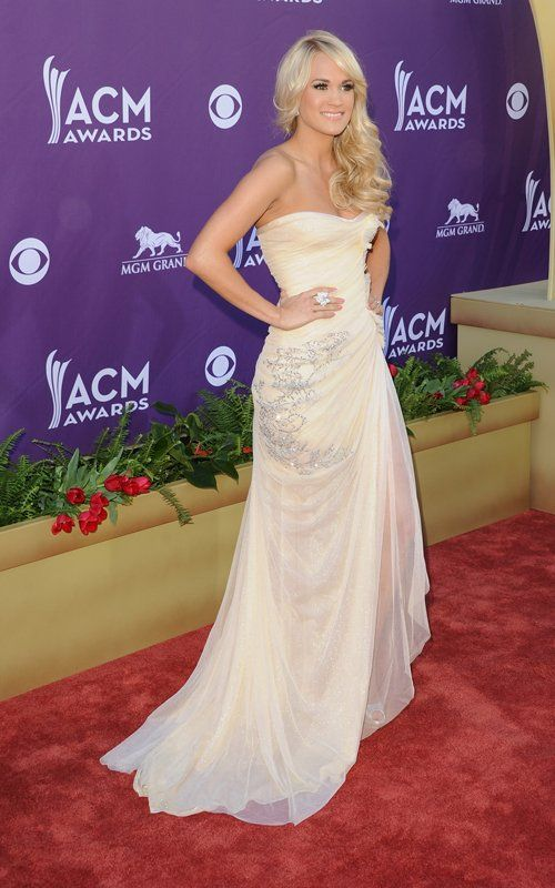 Wedding Dress Inspiration Carrie Underwood Sparkled In Abed