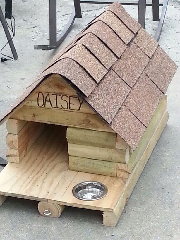 Wood log dog house