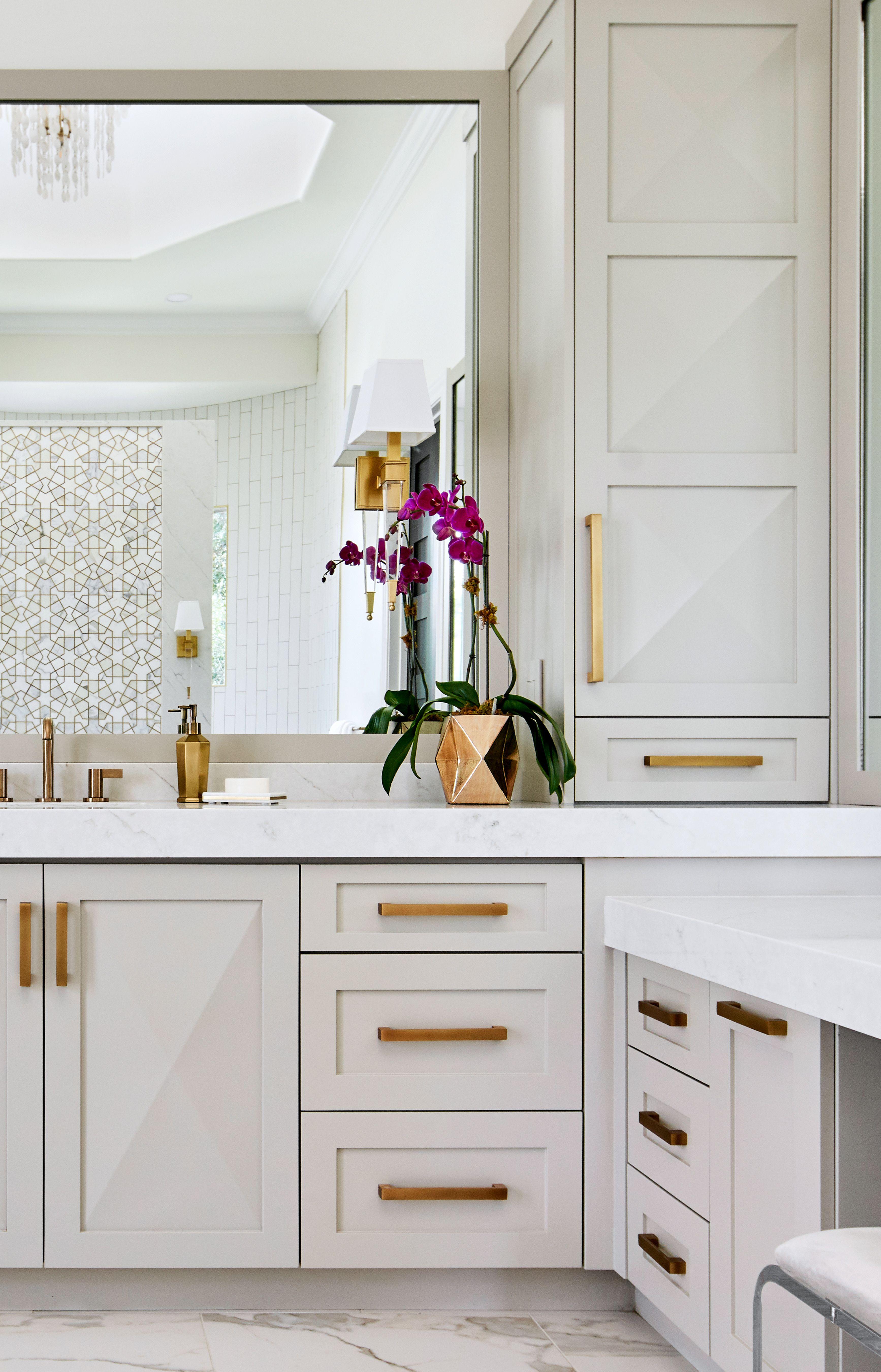 15++ Gold bathroom storage cabinet inspiration