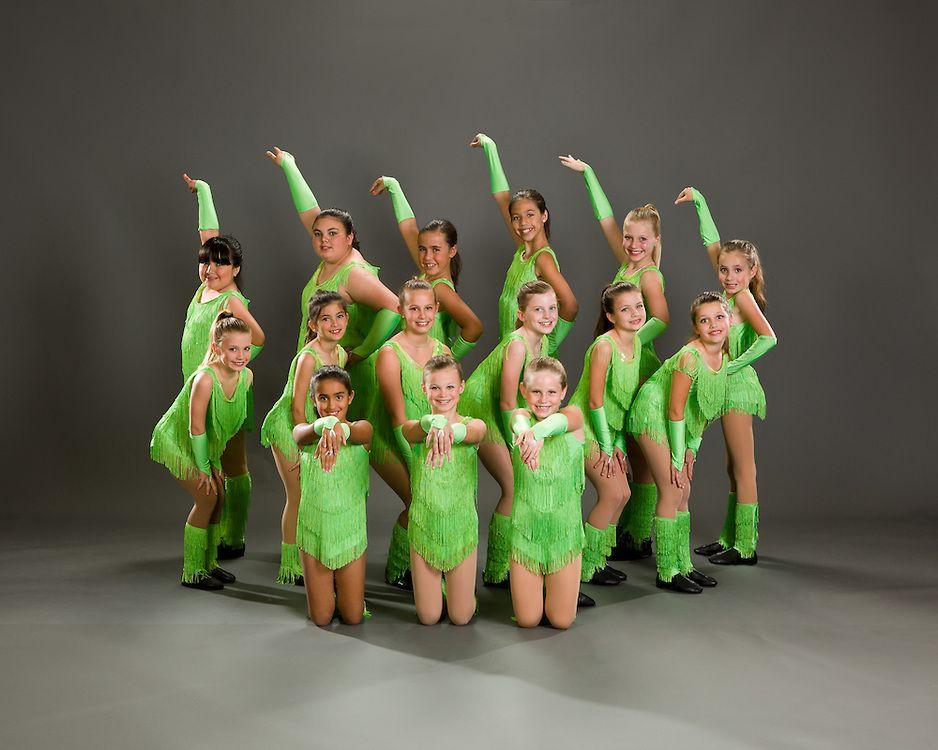 лотерей позы для фотографии танцевальным коллективом блины можно приготовить