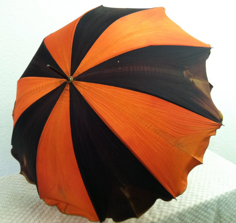 Luxe De Parasol orange Concept
