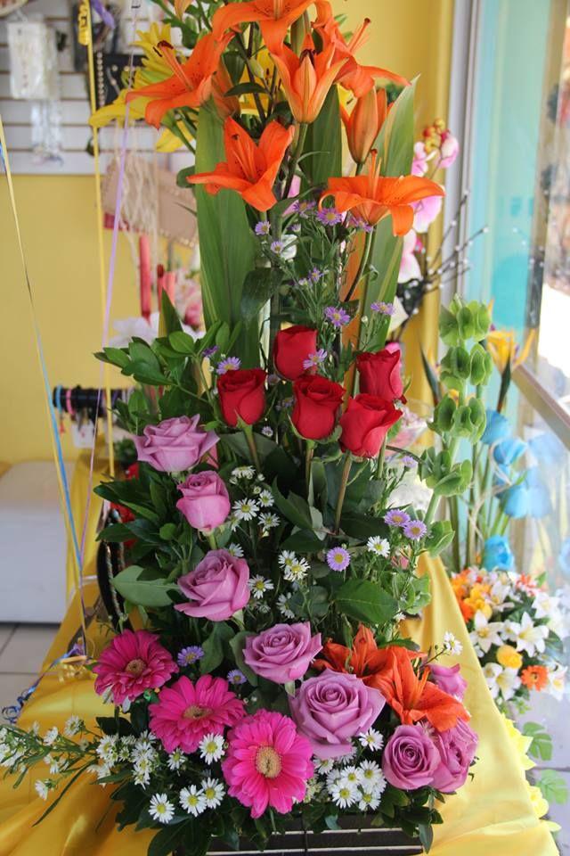 Arreglo Floral Bellos Arreglos Florales Arreglos Florales Creativos Arreglos Florales Sencillos