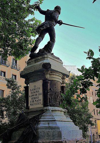 Teniente Jacinto Ruiz Por Mariano Benlliure Plaza Del Rey Madrid Madrid Spain Valencia Madriz
