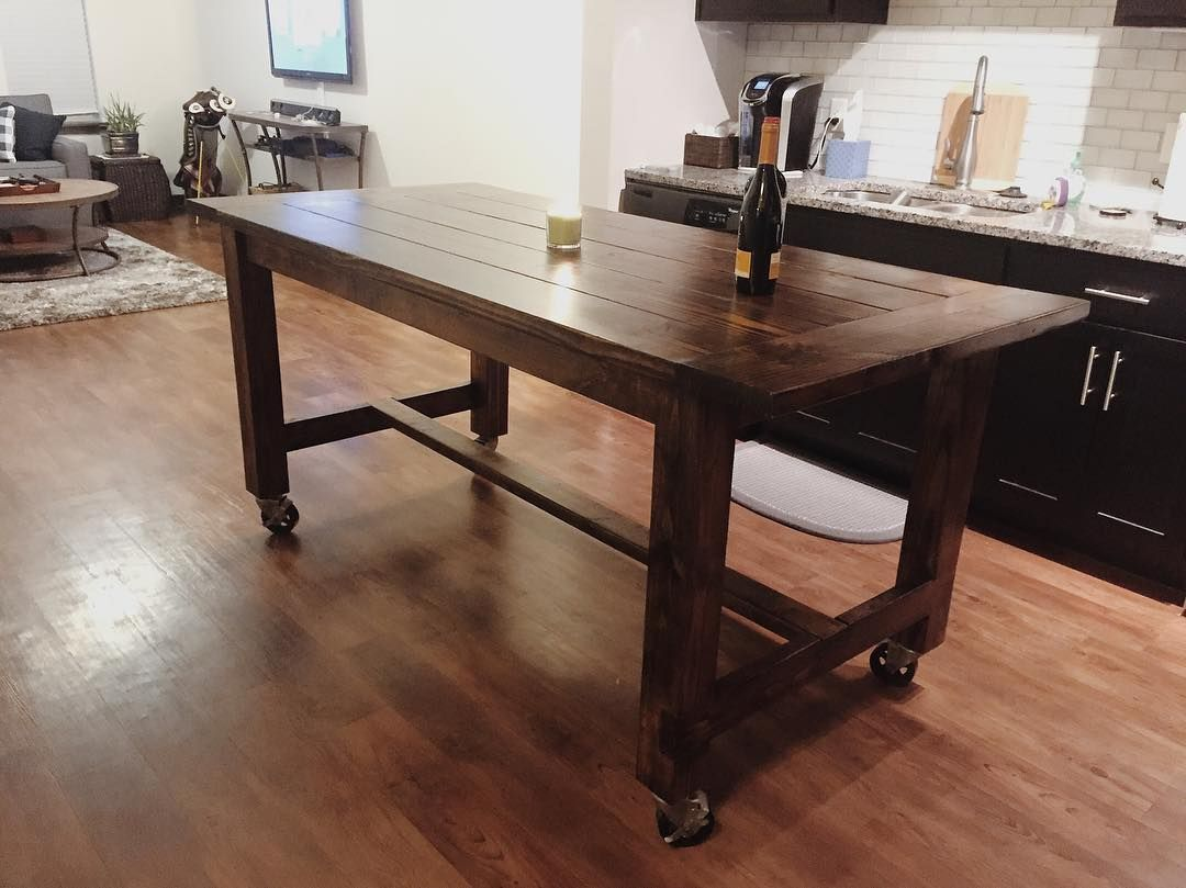 Farmhouse Table On Casters Polishandpowertools Kitchen Table