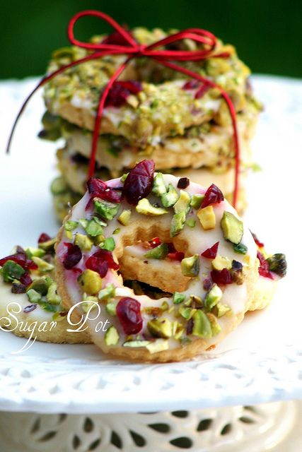 Lemon, Pistachio and Cranberry Wreath Cookies (add cranberries to recipe) Recipe: Martha Stewart Photo: Sugar Pot.