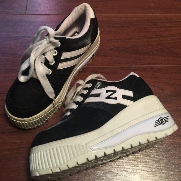 1f7cb883c4f 90 s Vintage Zodiac Platform Sneakers True 90 s Vintage Zodiac Platform  Sneakers. Worn only a few times