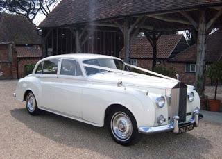 35 Wedding Car Luxury Vehicles Ideas In 2020 Vintage Car Wedding Vintage Rolls Royce Wedding Car