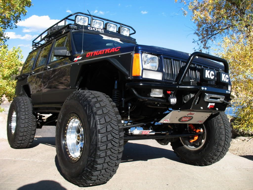 Jeep Cherokee Xj Or Fab Bumpers And Rear Quarters Jeep Cherokee Jeep Cherokee Xj Built Jeep