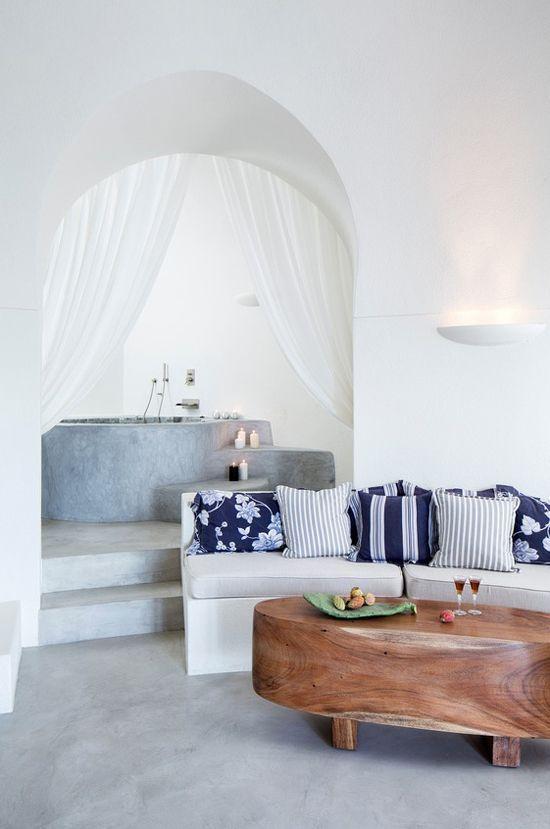 Stile mediterraneo con i colori del mare sea house for Arredamento greco
