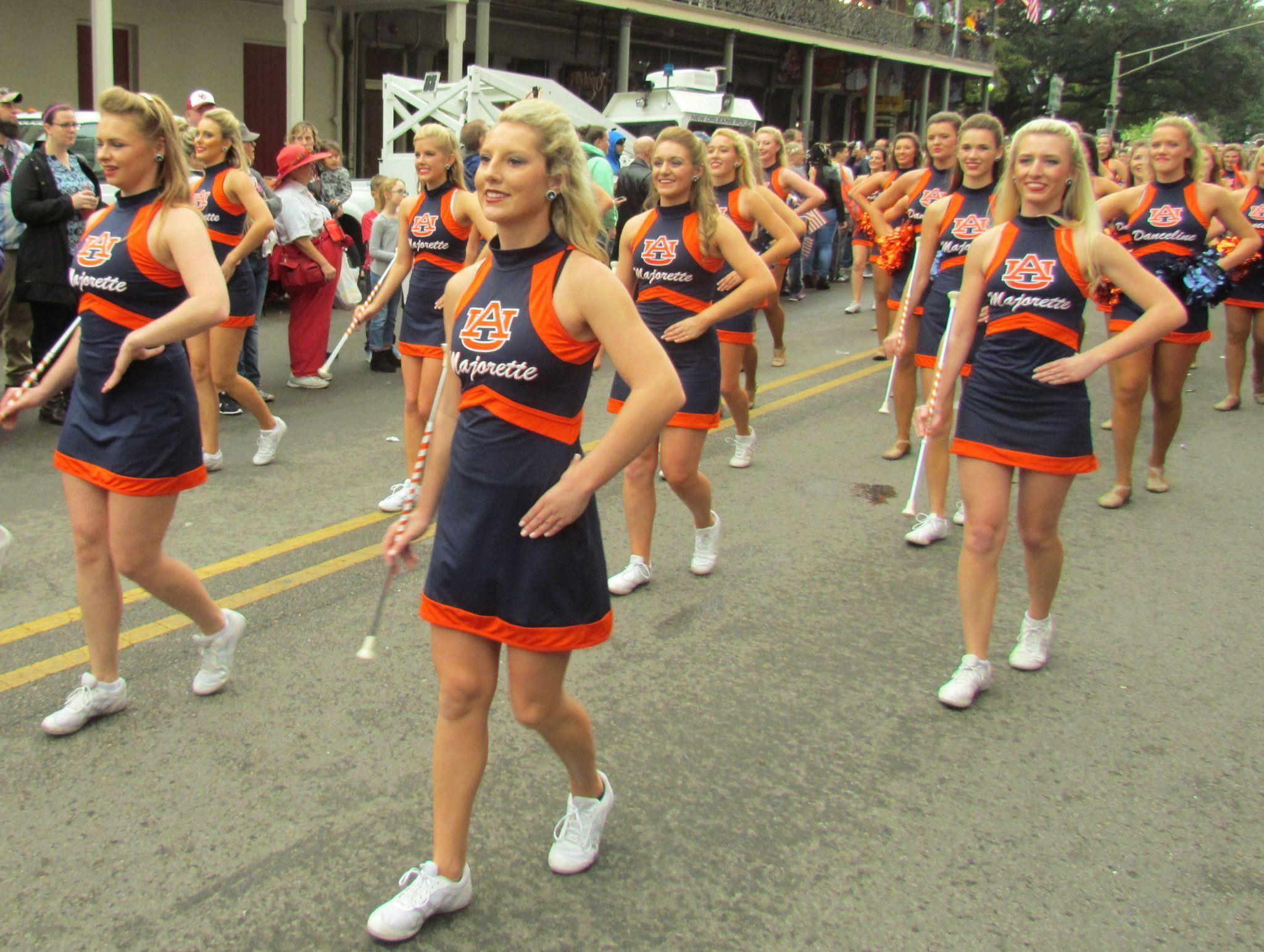 Sugar bowl parade gives auburn fans taste of mardi gras