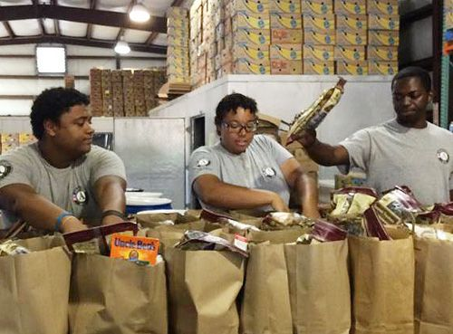 7.29.14   NorthEscambia.com - Manna Food Pantries Offering Limited Service Once Again