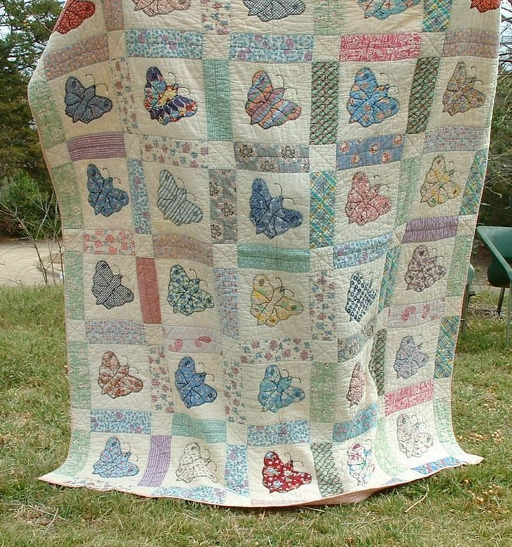 Vintage Quilt - 1930's Sweet Butterfly Applique - Feedsacks - Good ... : butterfly applique quilt - Adamdwight.com