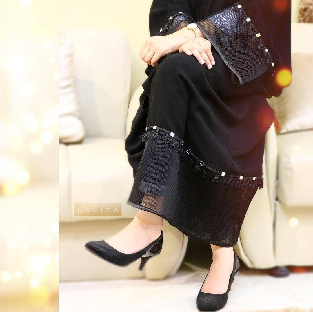 Repost Lalita Design عــبـايـات لاليـتـا Lal39 الاسعار الدينار البحريني ٣٦ الدينار ال Abaya Fashion Style Maxi Dress Long Maxi Dress