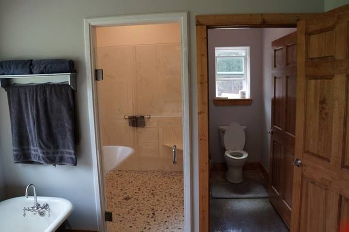 Walk-in shower, 6ft x 7ft shower room with 2 complete shower heads ...