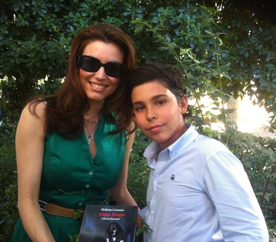 Con la escritora y diplomática Helena Cosano