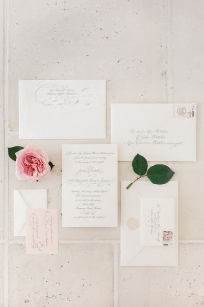 Elegant invites: http://www.stylemepretty.com/2015/03/18/traditionally-elegant-rosemary-beach-wedding/ | Photography: Leslee Mitchell - http://www.lesleemitchell.com/