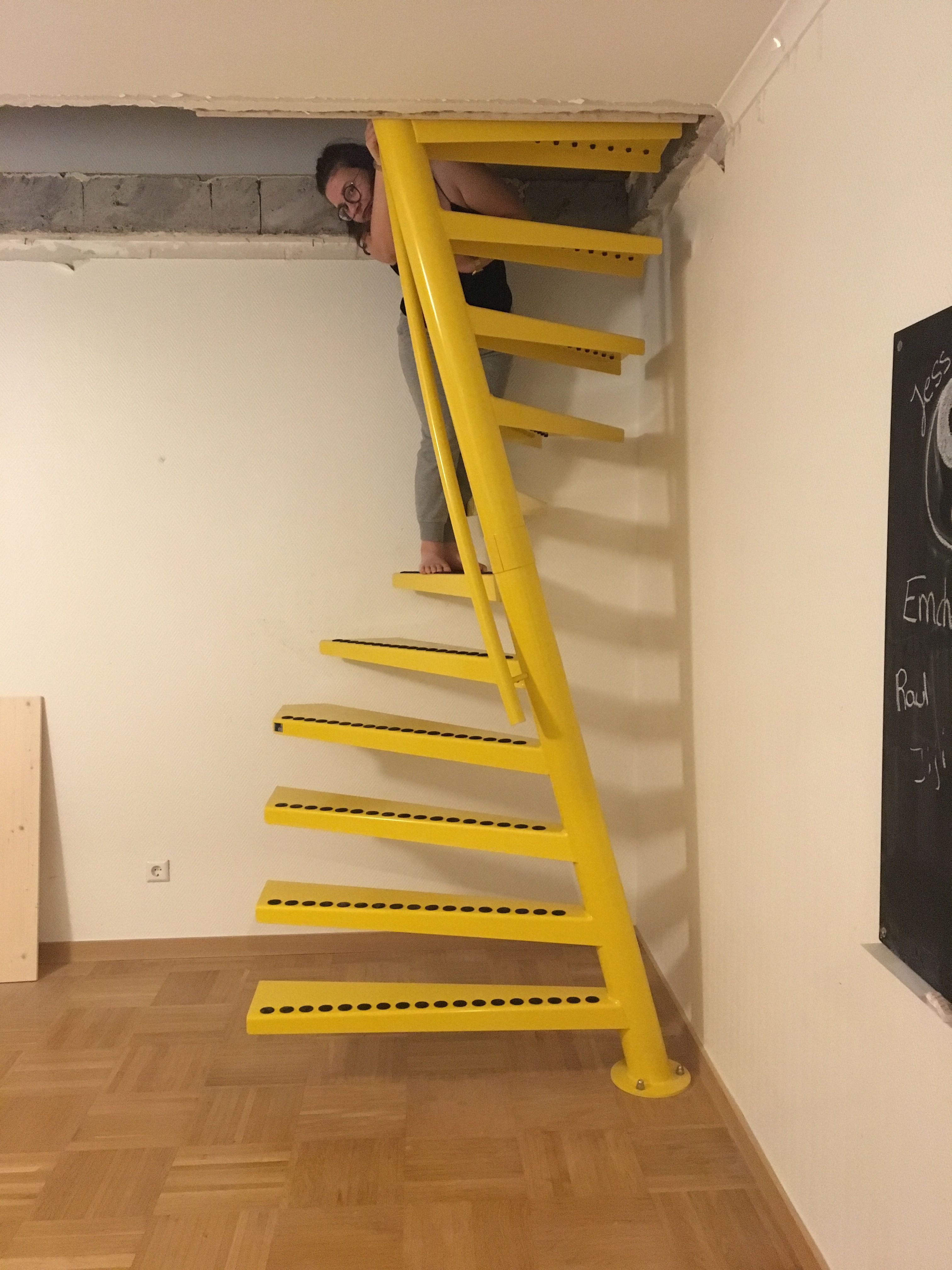 Best Wood Stairs Would Love To Replace My Stairs With These 640 x 480