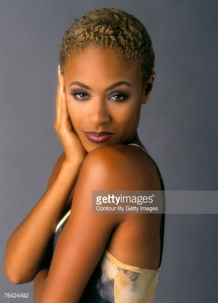 Jada Pinkett Smith Short Blonde Hair Short Hair Styles Jada