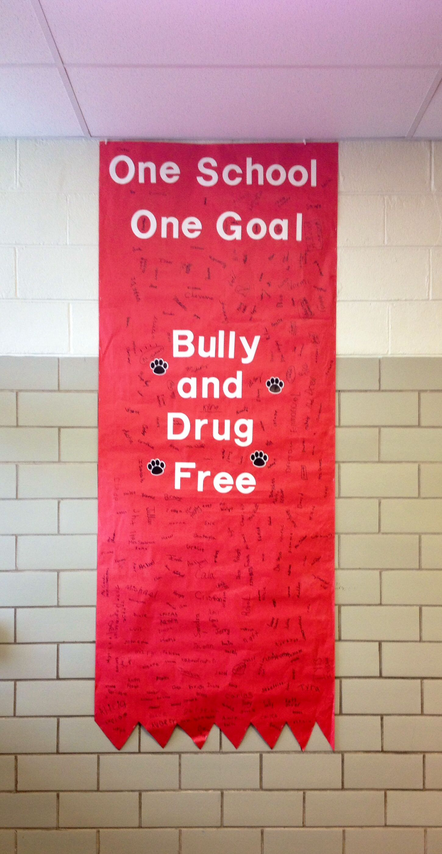 Red Ribbon Week All Of The Students And Teachers Signed