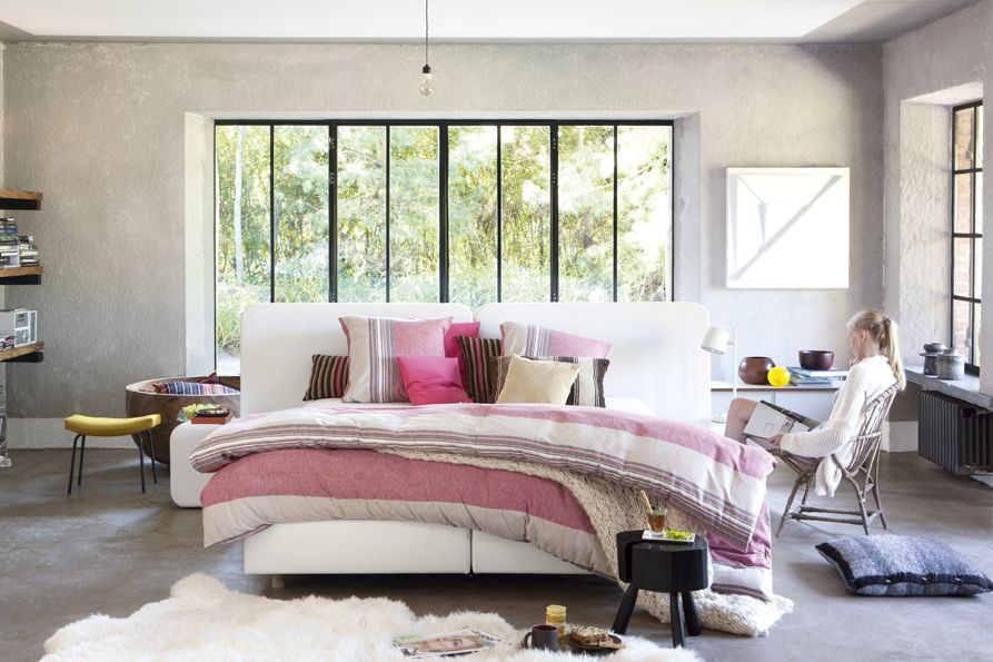 Bedroom slaapkamer by revor bedding interior design