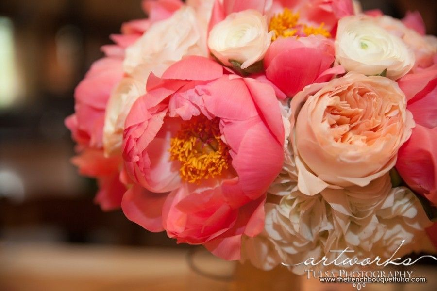 Latesummercoralflowerbouquet Pink Coral And White Bridal
