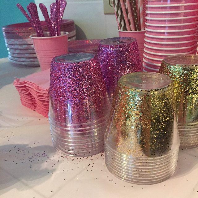 Pink And Gold Glitter Cups Via Republic Of Party Handwerk Und Basteln Kreativ Basteln