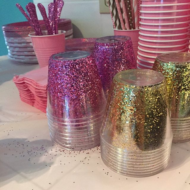Pink And Gold Glitter Cups Via Republic Of Party Handwerk Und