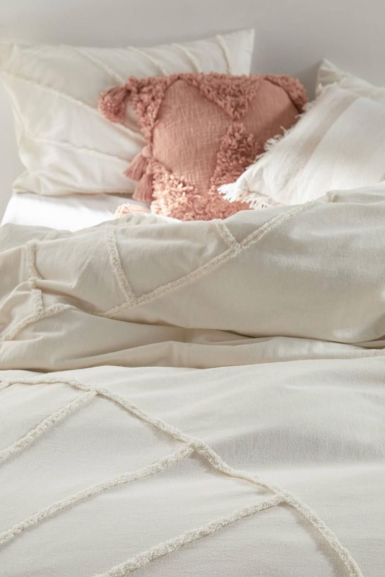 Ivory White Tufted Cotton Duvet Cover Boho Queen Size Etsy In 2021 Queen Size Comforter Cotton Duvet Full Duvet Cover White queen size duvet cover
