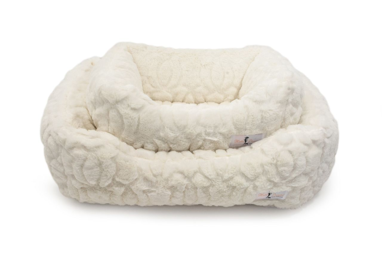 Outstanding Moscow Luxury Dog Bed Ivory Priceco Pets Awesome Pins Machost Co Dining Chair Design Ideas Machostcouk