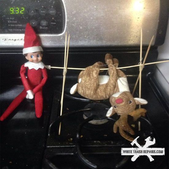 Christmas Elf On The Shelf Funny.Now This Is How To Do Elf On The Shelf Holiday 3