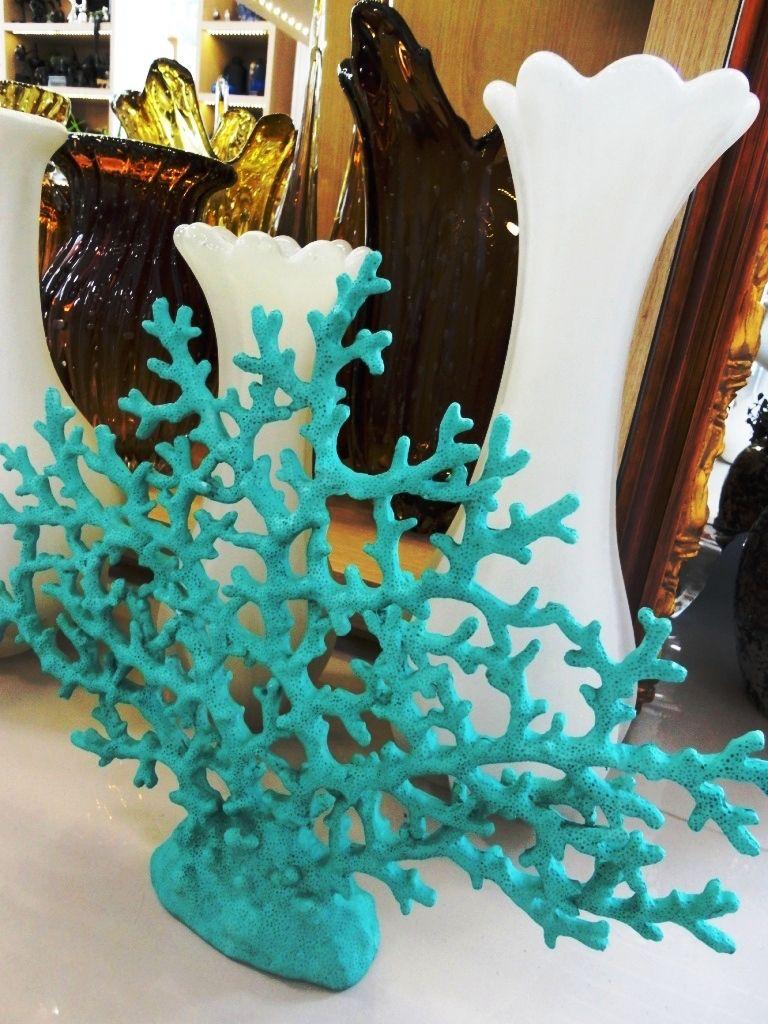 Coral Azul Praia ~ Azul do mar! Os corais inspiram a decoraç u00e3o com ar de praia Uma boa alternativaé sair das