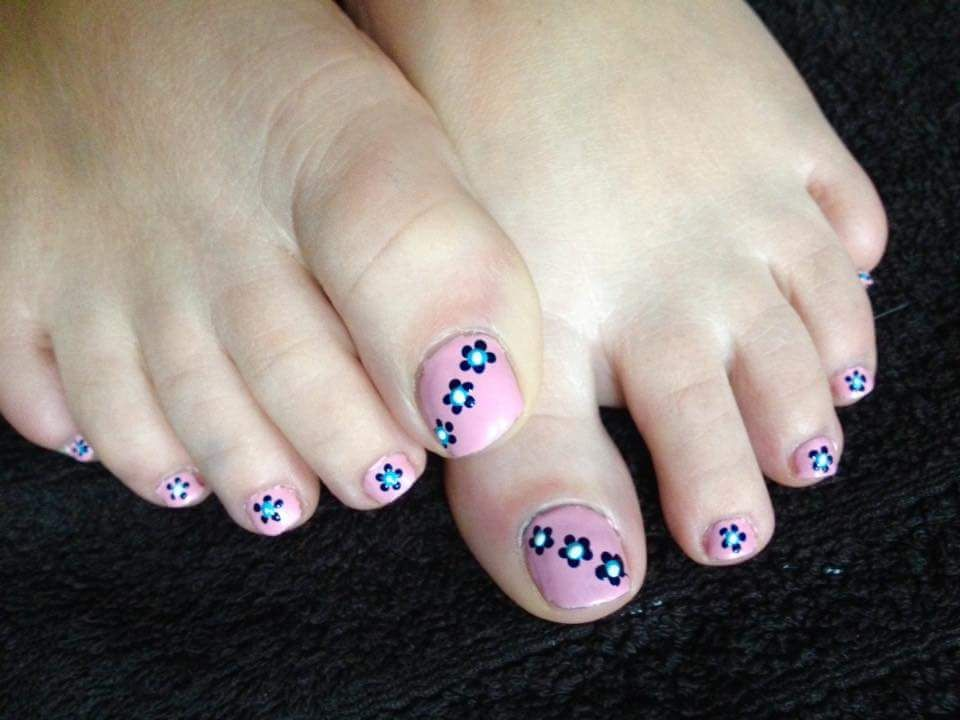 61 Gorgeous Floral Nail Art Ideas To Brighten Up Your Day