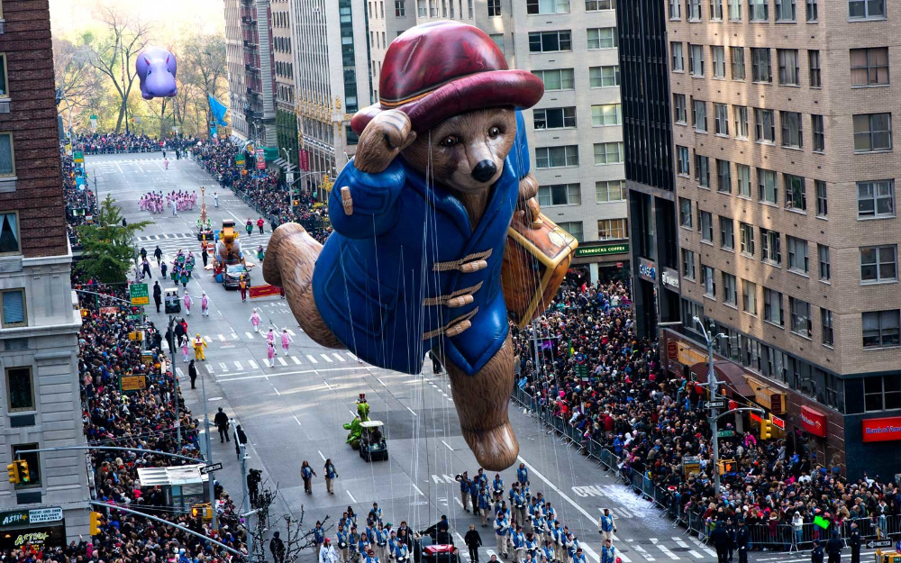 These Nyc Hotels Have Prime Views Of The Macy S Thanksgiving Day Parade And None Of The Crowds In 2020 Macy S Thanksgiving Day Parade Macy S Thanksgiving Day Parade Thanksgiving Day Parade