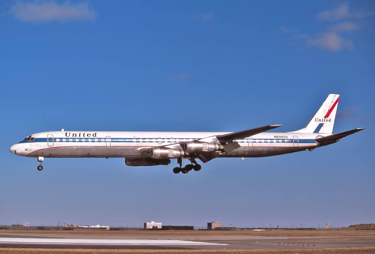 United Airlines DC-8-61 | Edward Davenoport | United