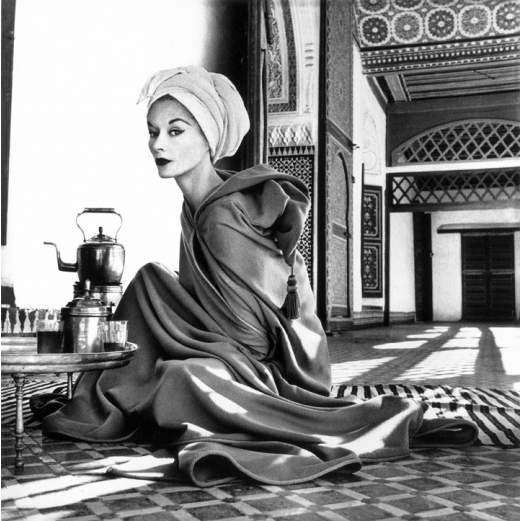 Irving Penn, Woman in Moroccan Palace (Lisa Fonssagrives-Penn), Morocco, 1951. S)