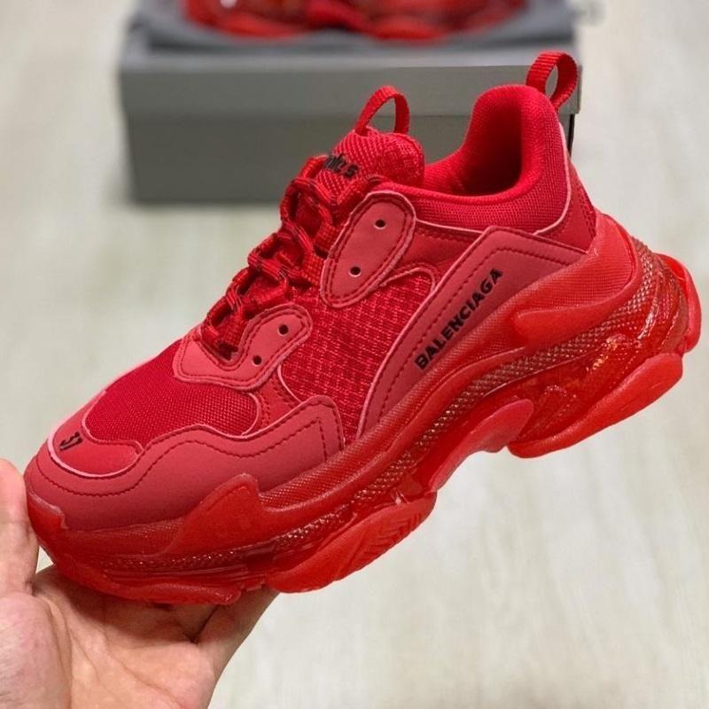 Red balenciaga sneakers, Balenciaga