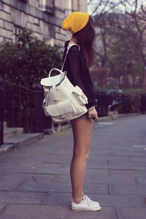 18b2f7db4e20 pinterest mylittlejourney tumblr toxicangel twitter stefgiordano ig ·  Outfits For TeensSchool ... school outfit Tumblr
