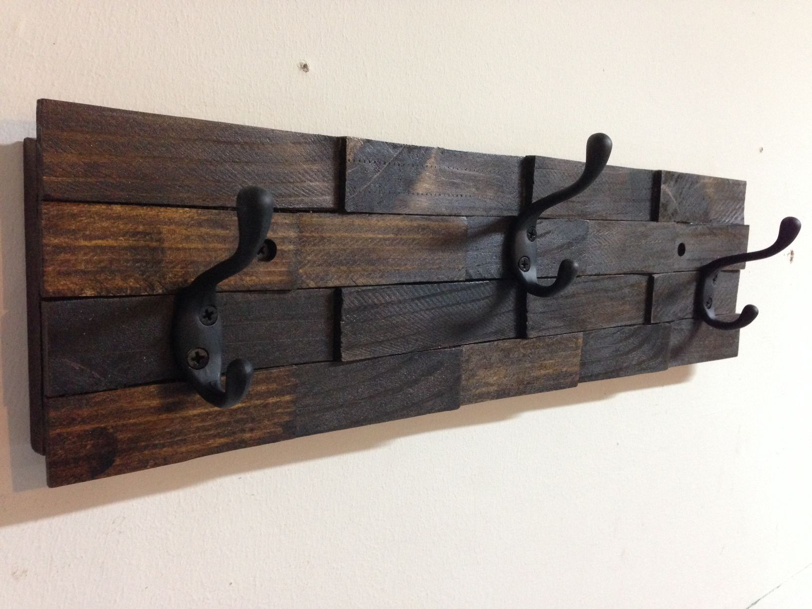Rustic Wall Mount Wood Shim Coat Hook Rack 3 Oil Rubbed