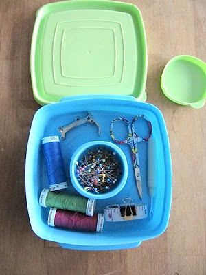 Sew Many Ways...: Tool Time Tuesday...Sandwich Box Sewing Kit
