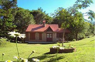 Casas De Campo De Ladrillo Rojo