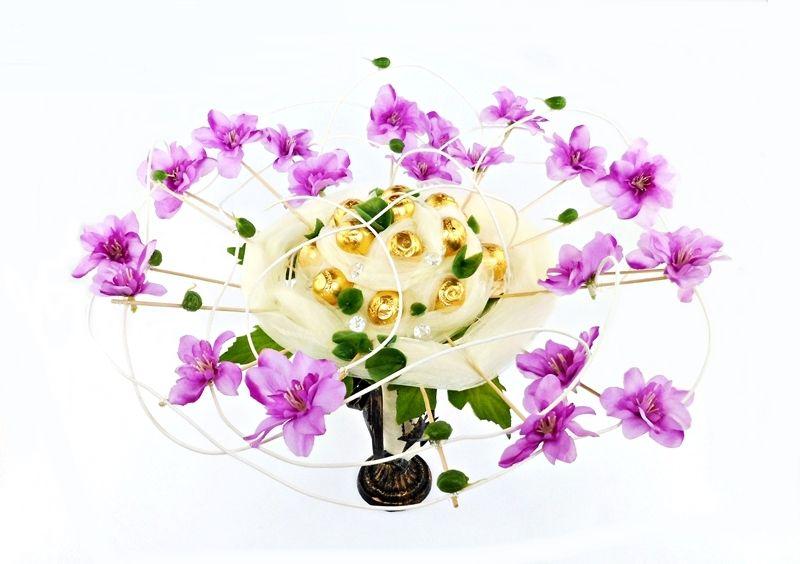 Oryginalny Bukiet Z Cukierkow Kwiaty Floral Floral Wreath Wreaths